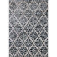 Cappella Floral Diamonds Ivory/ Blue Area Rug (5'3 x 7'7) - 5'3 x 7'7