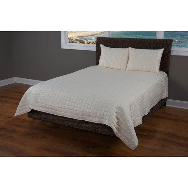 Rizzy Home Satinology Cream 3-piece Quilt Set