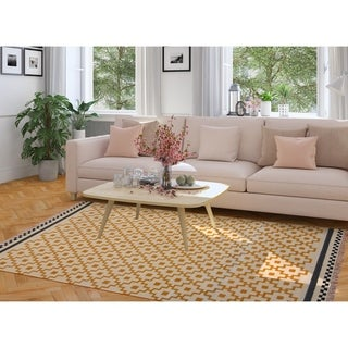 Link to Handmade Vegetable Dye Wool Rug (India) - 5'6 x 8' Similar Items in Rugs