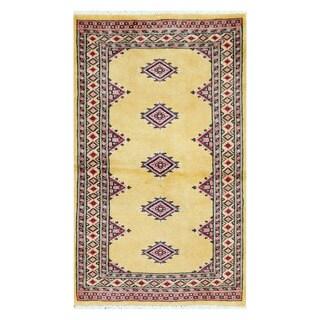 Herat Oriental Pakistani Hand-knotted Bokhara Wool Rug (2'4 x 3'11)
