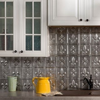 Fasade Fleur de Lis Crosshatch Silver 18-inch x 24-inch Backsplash Panel