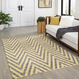 "Tribal Elegance Hand-Woven Yellow Chevron Rug (7'6"" x 9'6"")"
