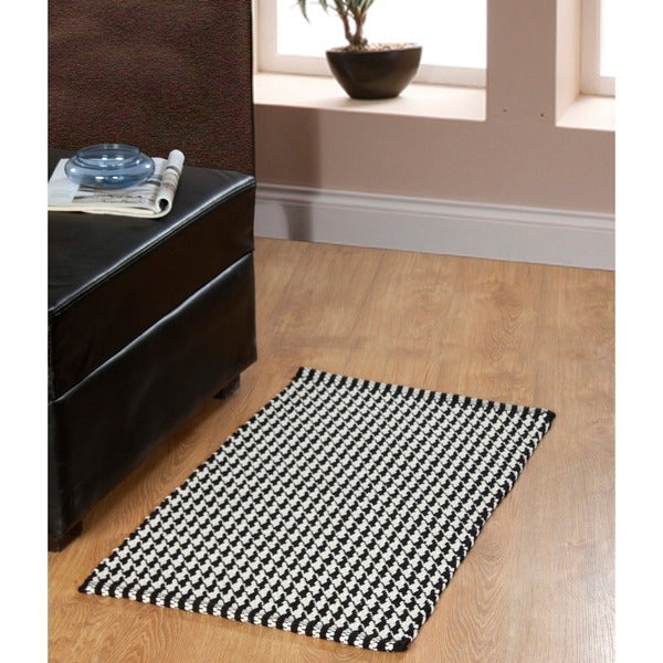 Portland Houndstooth 2-piece Black Accent Rug Set - 1' 9 x 2' 10