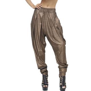 TOV Women's Metallic Peplum Trouser|https://ak1.ostkcdn.com/images/products/10398974/P17501373.jpg?impolicy=medium
