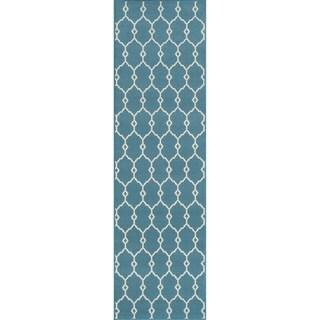 "Indoor/Outdoor Trellis Rug (2'3"" x 7'6"")"