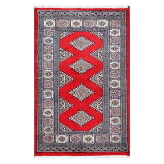 Herat Oriental Pakistani Hand-knotted Bokhara Red/ Gray Wool Rug (2'7 x 4')