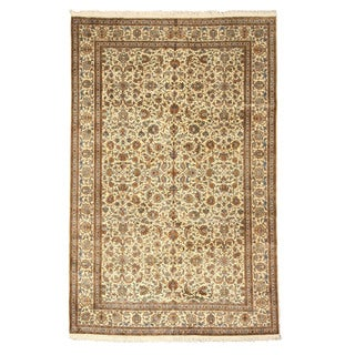Hand-knotted Silk Ivory Traditional Oriental Tabriz Rug (6' x 9'2)