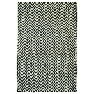 Kosas Home Zig Herringbone Black/ Off-white Rug (4' x 6')