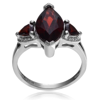 Journee Collection Sterling Silver Marquise-cut Garnet 3-stone Ring
