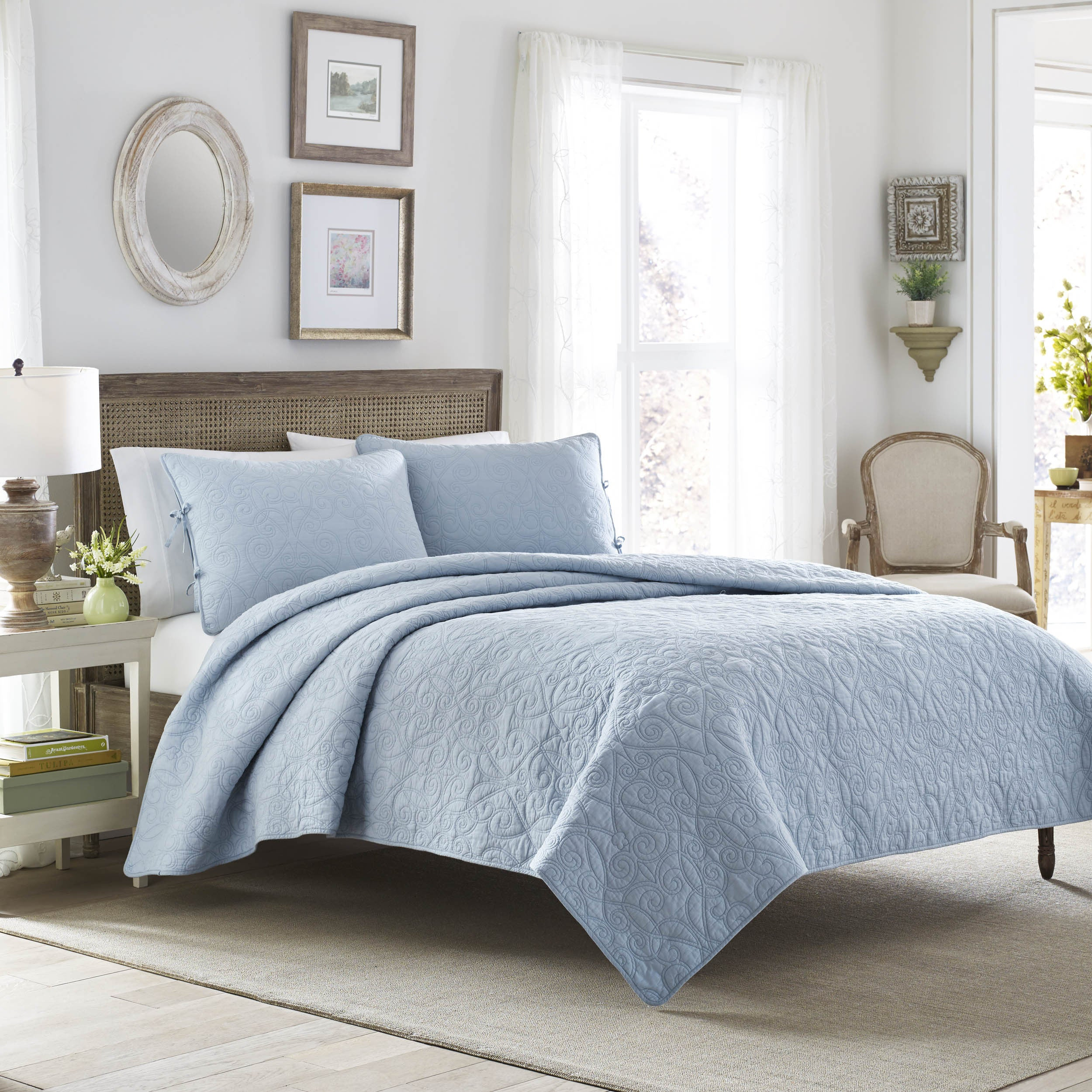 Laura Ashley Felicity Baby Blue Cotton 3-piece Quilt Set ...