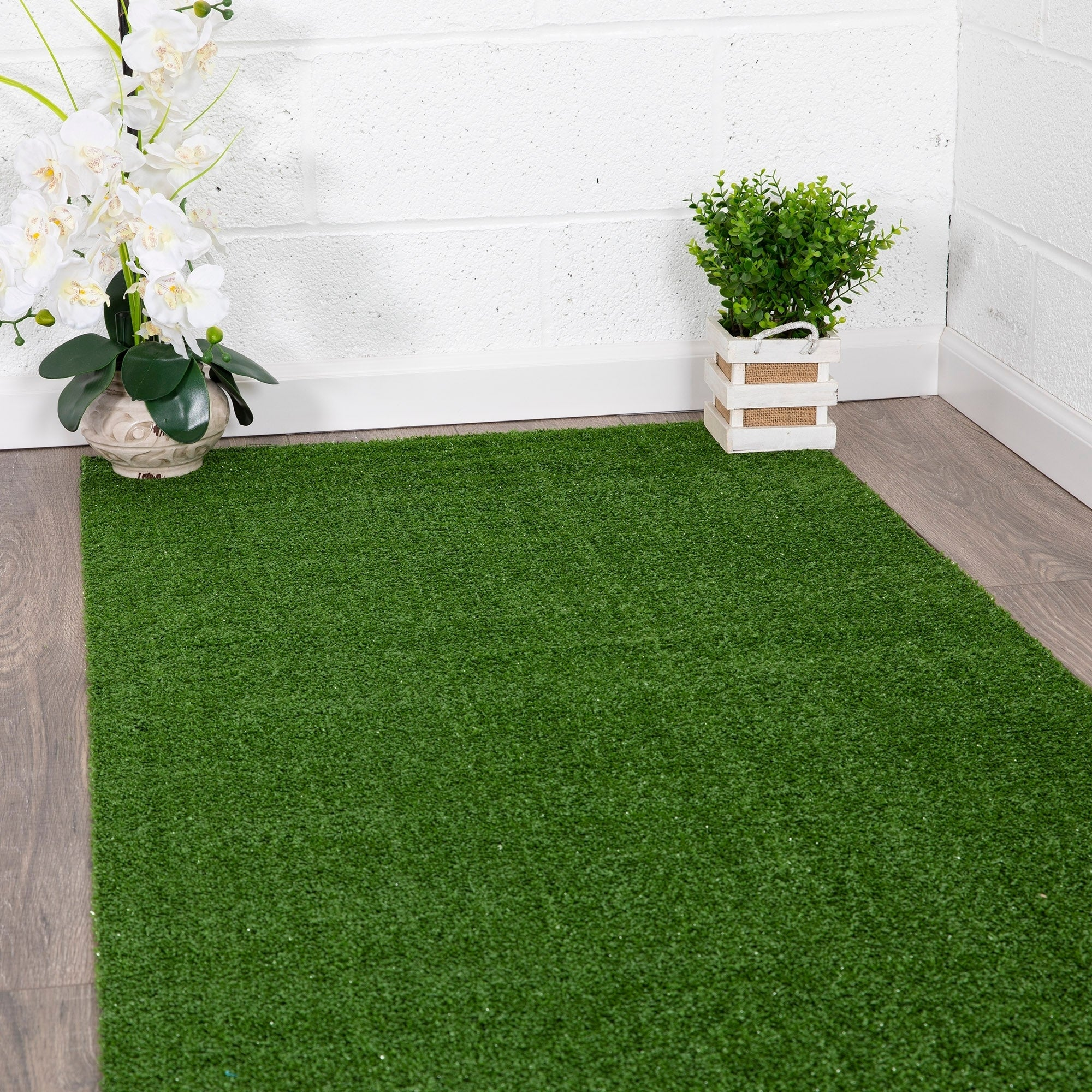 Shop Black Friday Deals On Ottomanson Evergreen Indoor Outdoor Artificial Grass Turf Area Rug On Sale Overstock 10410707 1 8 X 4 11 Red