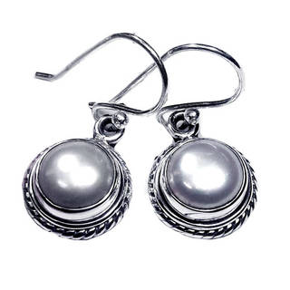 Handcrafted Sterling Silver Pearl Earrings (India)