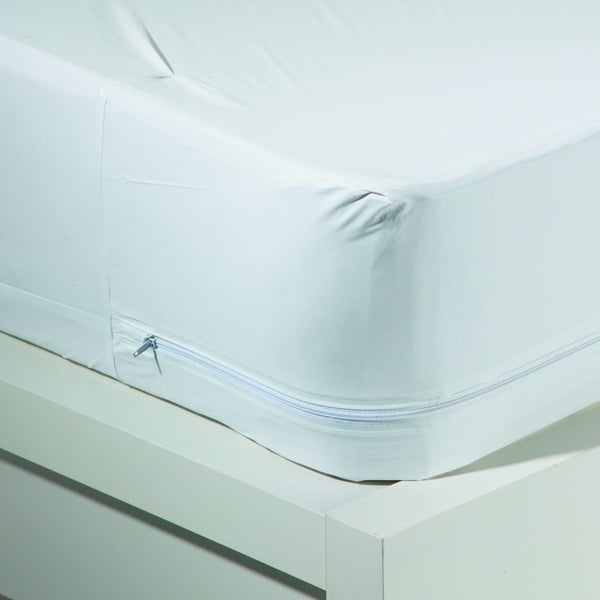 Resistant Waterproof Mattress Protector - White