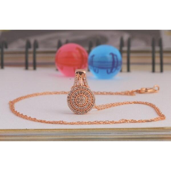 De Couer IGI Certified 10k Rose Gold 1/8ct TDW Diamond Halo Necklace - Pink