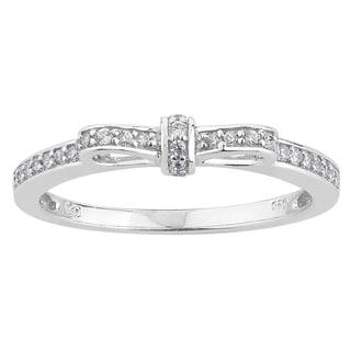 10k White Gold 1/6ct TDW Diamond Ribbon Band Promise Ring