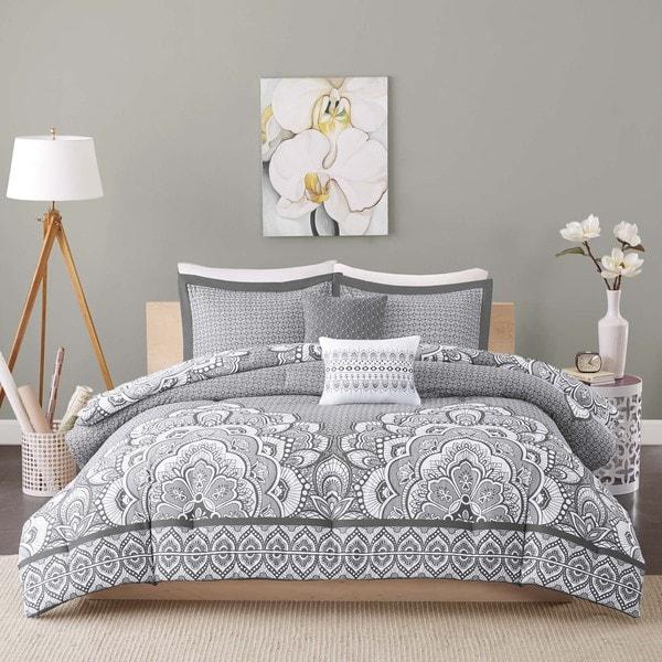 Intelligent Design Simone 5-piece Comforter Set 2-Color Option