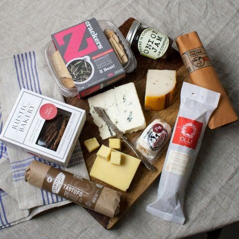 igourmet Artisan American Cheese and Charcuterie Assortment