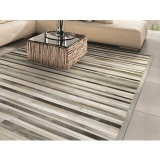 Hand-Crafted Couristan Chalet Plank/ Grey-ivory, Ethically Sourced Cowhide Leather Rug (9'6 x 13')