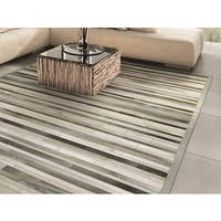 "Vail Willow Ridge Grey/ Ivory Handcrafted Cowhide Area Rug - 9'6"" x 13'"