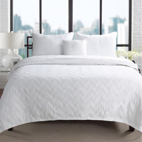 Silver Orchid Dunne Chevron Quilted Cotton 3-piece Quilt Set