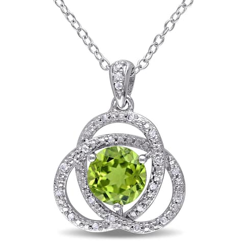 Miadora Sterling Silver Peridot and 1/10ct TDW Diamond Necklace (G-H, I2-I3) - Green