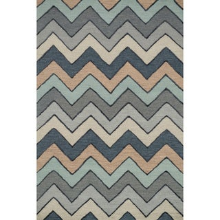 Hand-hooked Carolyn Grey/ Multi Chevron Rug (9'3 x 13')
