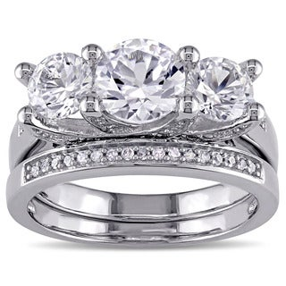Miadora Created White Sapphire and 1/10ct TDW Diamond 3-Stone Bridal Set in 10k White Gold