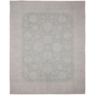 Hand-knotted Peshawar Nour Green Rug (8'10 x 12'2)
