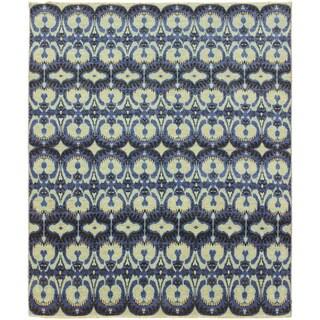 Hand-knotted Fatima Blue Rug (8'1 x 10')