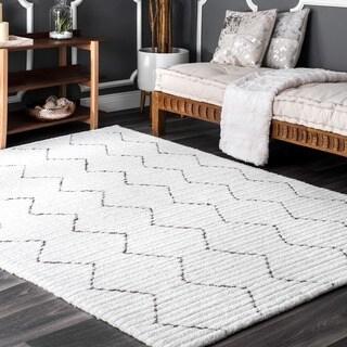 nuLOOM Handmade Moroccan Trellis Striped White Rug (5' x 8') - 5' x 8'