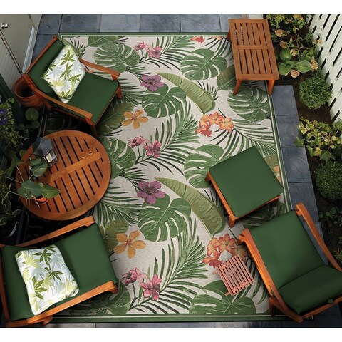 Couristan Dolce Flowering Fern/Ivory-Hunter Green Indoor/Outdoor Rug - 4' x 5'10