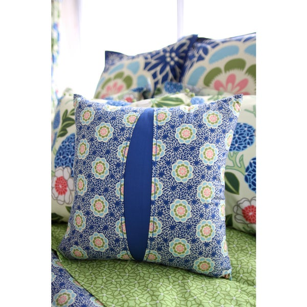 Amy Butler for Welspun Kyoto 16-inch Throw Pillow - Free Shipping On Orders Over $45 - Overstock ...