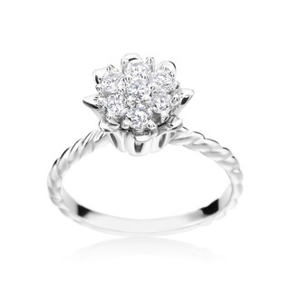 SummerRose 14k White Gold 1/2ct TDW Diamond Flower Ring