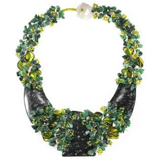 Handmade Tropical Belle Indian Jade Link Statement Necklace (Philippines)