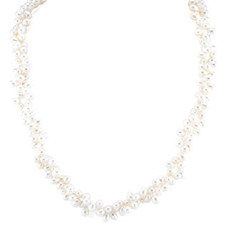 Radiance Pearl Sterling Silver Rice-shaped White Freshwater Pearl Necklace (4-5mm)