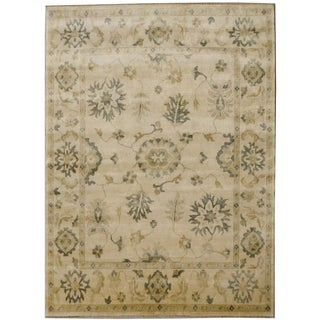 Hand-knotted Anatolia Wool Silver Border Rug (8' x 10')