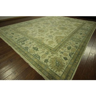 Hand-knotted Traditional Oushak Floral Ivory Oriental Wool Area Rug (11' & Up)
