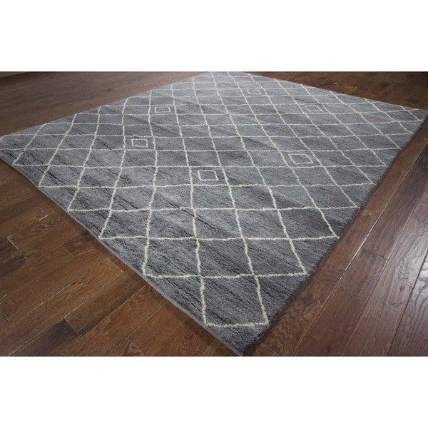Hand Knotted New Modern Diamond Motif Grey Moroccan Wool