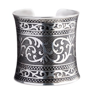 Anaya Handmade Embossed Silverplated Brass Cuff (India)