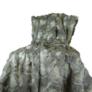 Plutus Luxury Grey Ivory Faux Rabbit Fur Throw Blanket