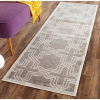 Safavieh Amherst Indoor/ Outdoor Grey/ Light Grey Rug - 2'3 x 7'
