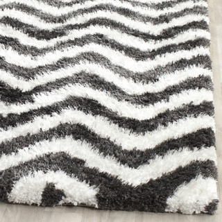 Safavieh Handmade Barcelona Shag Graphite/ White Polyester Rug (2' x 3')