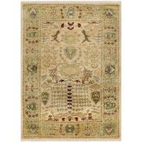 Safavieh Hand-knotted Peshawar Vegetable Dye Ivory/ Gold Wool Rug (9' x 12')
