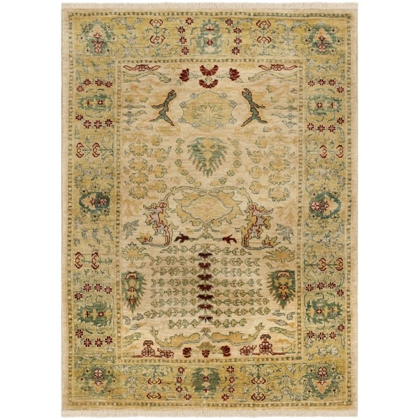 Safavieh Hand-knotted Peshawar Vegetable Dye Ivory/ Gold Wool Rug - 9' x 12'