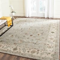 Safavieh Handmade Heritage Timeless Traditional Beige/ Grey Wool Rug - 9' x 12'