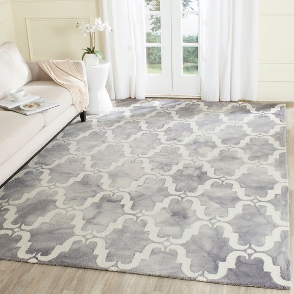 Safavieh Handmade Dip Dye Watercolor Vintage Grey/ Ivory Wool Rug - 9' x 12'
