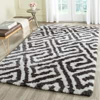 Safavieh Handmade Barcelona Shag Graphite Grey/ White Greek Key Polyester Rug - 8' x 10'