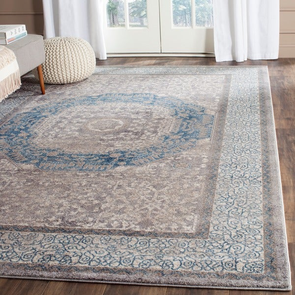 Safavieh Sofia Vintage Medallion Light Grey / Blue Distressed Rug (8' x 11')