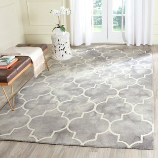 Safavieh Handmade Dip Dye Watercolor Vintage Grey/ Ivory Wool Rug (6' x 9')
