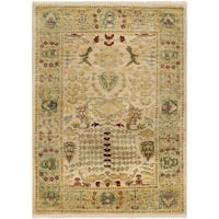 Safavieh Hand-knotted Peshawar Vegetable Dye Ivory/ Gold Wool Rug (8' x 10')